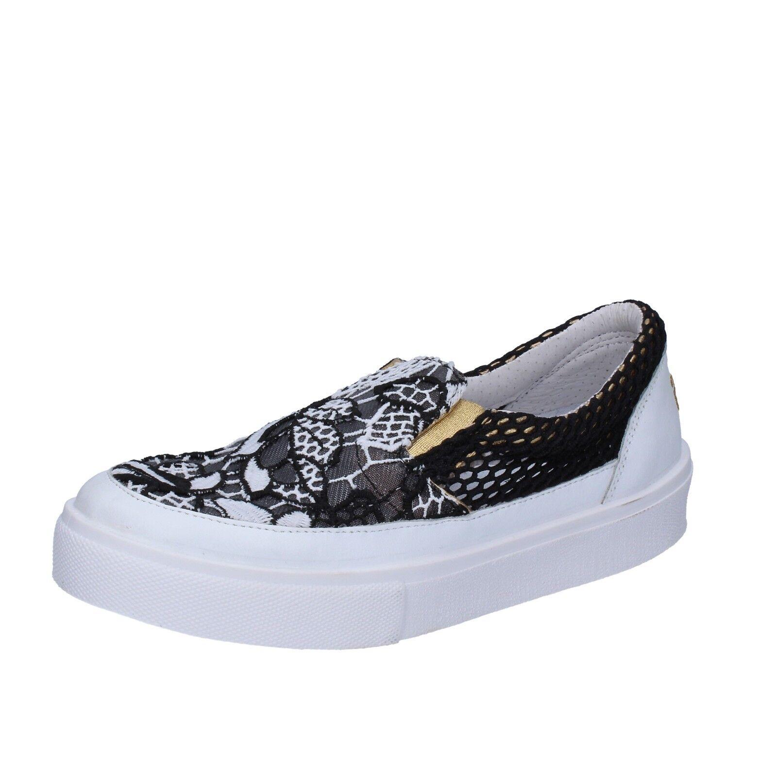 Chaussures Pointure 2 Star 5 (UE 38) à Enfiler noir blanc Textile Cuir BT807-38