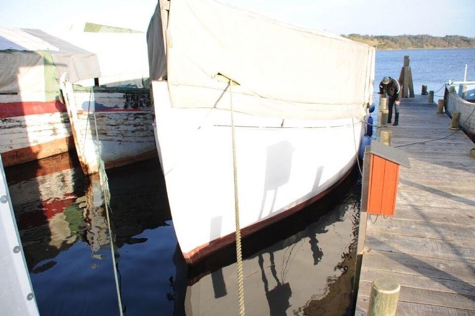 Hajkutter Nipper, Motorbåd, fod 59