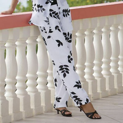 NEW size M  WHITE /& BLACK OVERLAY PANTS Monroe and Main Floating Leaf Pant
