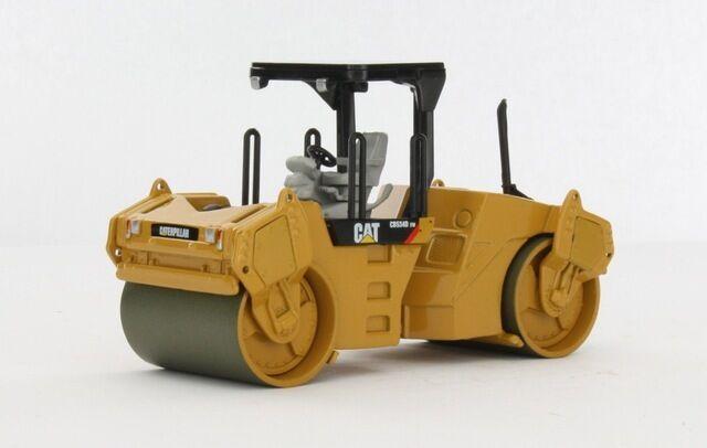 Norscot CAT Caterpillar CB534D XW Ashphalt Compactor 1 50 DieCast Model 55132
