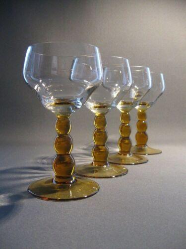 Vier stilvolle Weingläser original aus den 50´iger Jahren - alter Weingutsbesitz