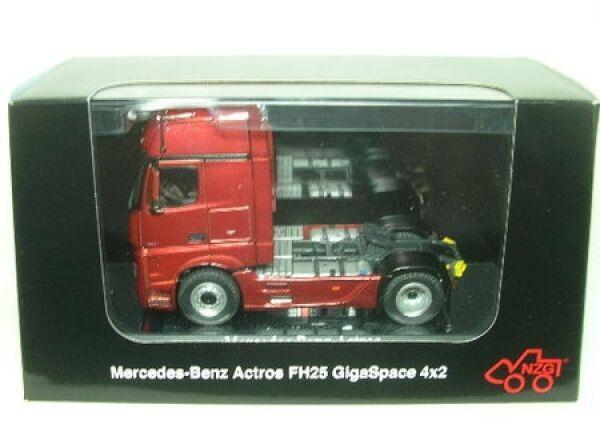 Mercedes-Benz Actros FH 25 Giga Space 4x2 (rot)