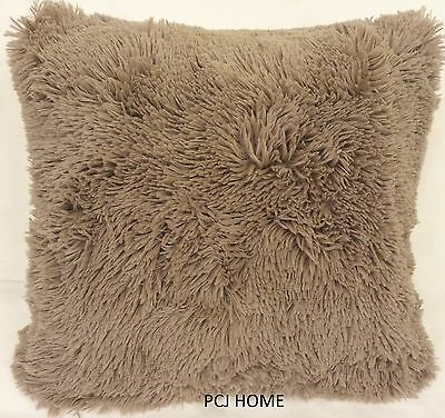 "2 X STUNNING SOFT FAUX FUR COFFEE 18"" THICK FLUFFY CUSHION COVERS"