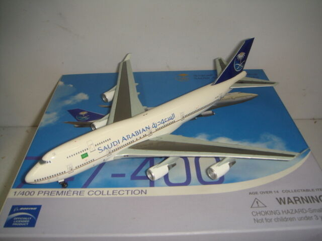 Dragon Wings 400 Saudi Arabian Airlines B747-400  1995 S couleur  1 400