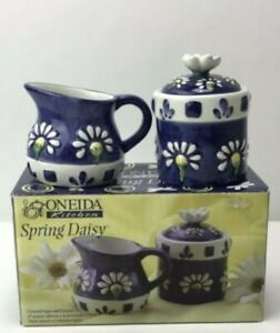 Oneida-Kitchen-Spring-Daisy-Covered-Sugar-Creamer-Set-New-in-Box-R690002C