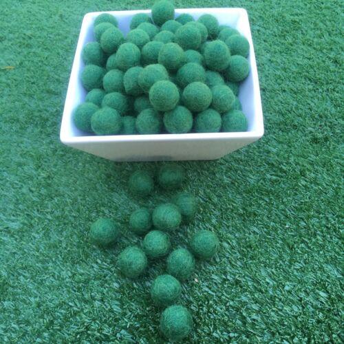 1.5cm Handmade Wool Grass Green Color Felt Ball Beads Pom Pom DIY Craft Supplies