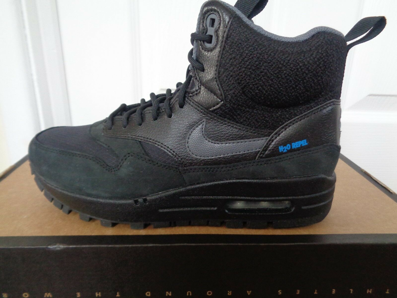 Nike Da Donna Air Max 1 ginnastica Mid Sneakerboot Scarpe da ginnastica 1 685267 001 NUOVI 2f0136