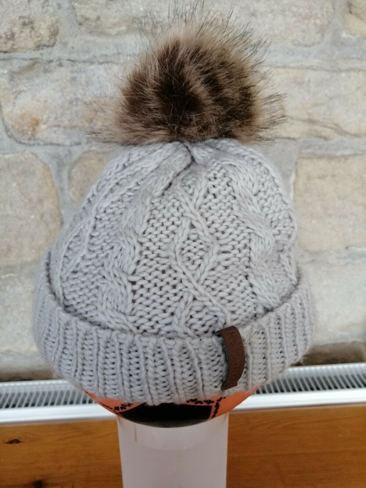 Bobble Hat - beige with brown bobble