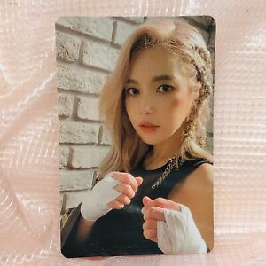 Solar-Official-Photocard-MaMaMoo-2nd-Full-Album-Reality-in-Black-kpop-ver-1-HIP