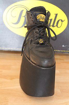 Buffalo Boots, maid in Spain, Tower Plateau 15cm;  Gr. 39