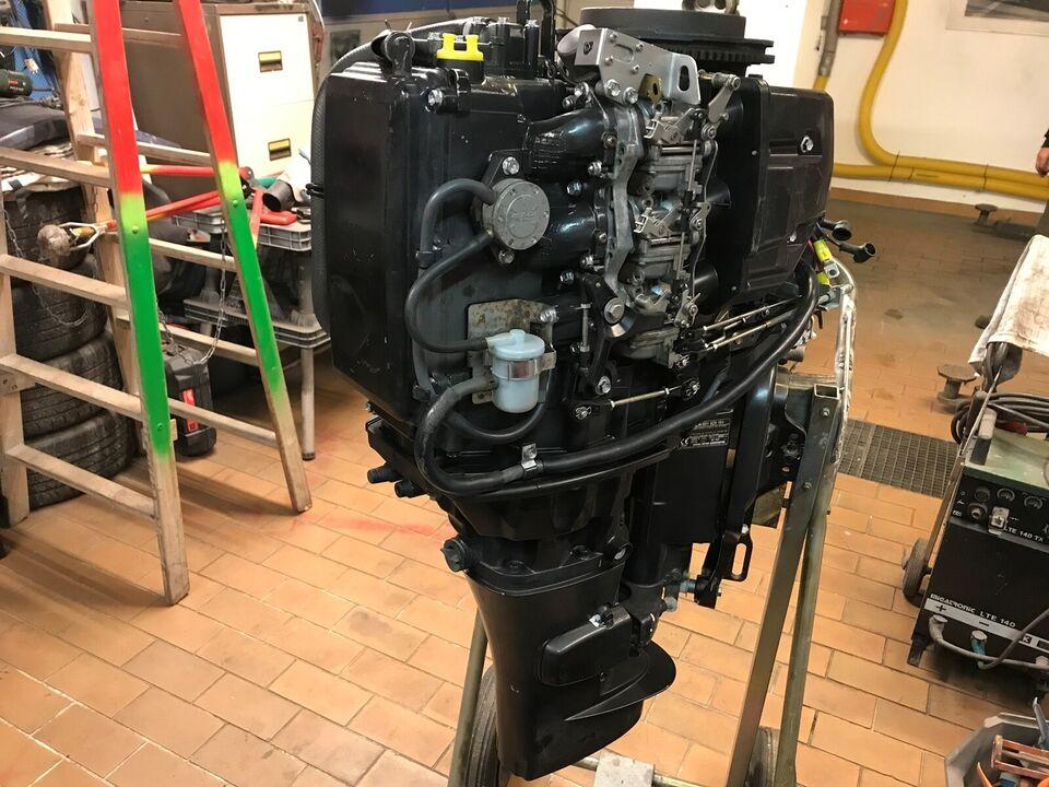 Suzuki påhængsmotor, 30 hk, benzin