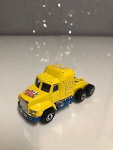 Minis-Rigs-M-amp-M-039-s-Yellow-Diesel-Semi-Truck-Cab-1-64-Scale