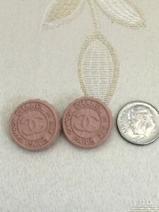 Authentic-CHANEL-BUTTONS-2x-CC-Logo-Supermarket-Soda-Cap-Pink-Metal-20mm-Cute