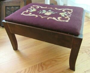 BIG-ANTIQUE-Foot-Stool-Ottoman-Oak-Wood-Country-Primitive-Petit-Point-Cricket