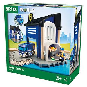 Brio Lights & Sounds Police Station 33813 Nouveau 7312350338133