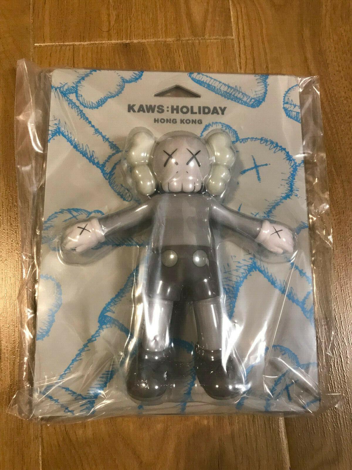 NEW  2019 Kaws  Holiday Hong Kong hk 8.5  inch Bath Toy Figure Grey Version