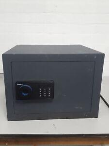 Chubbsafes AlphaPlus S2 E Digital Safe Small Retail / Cash / Office + Combi Lock