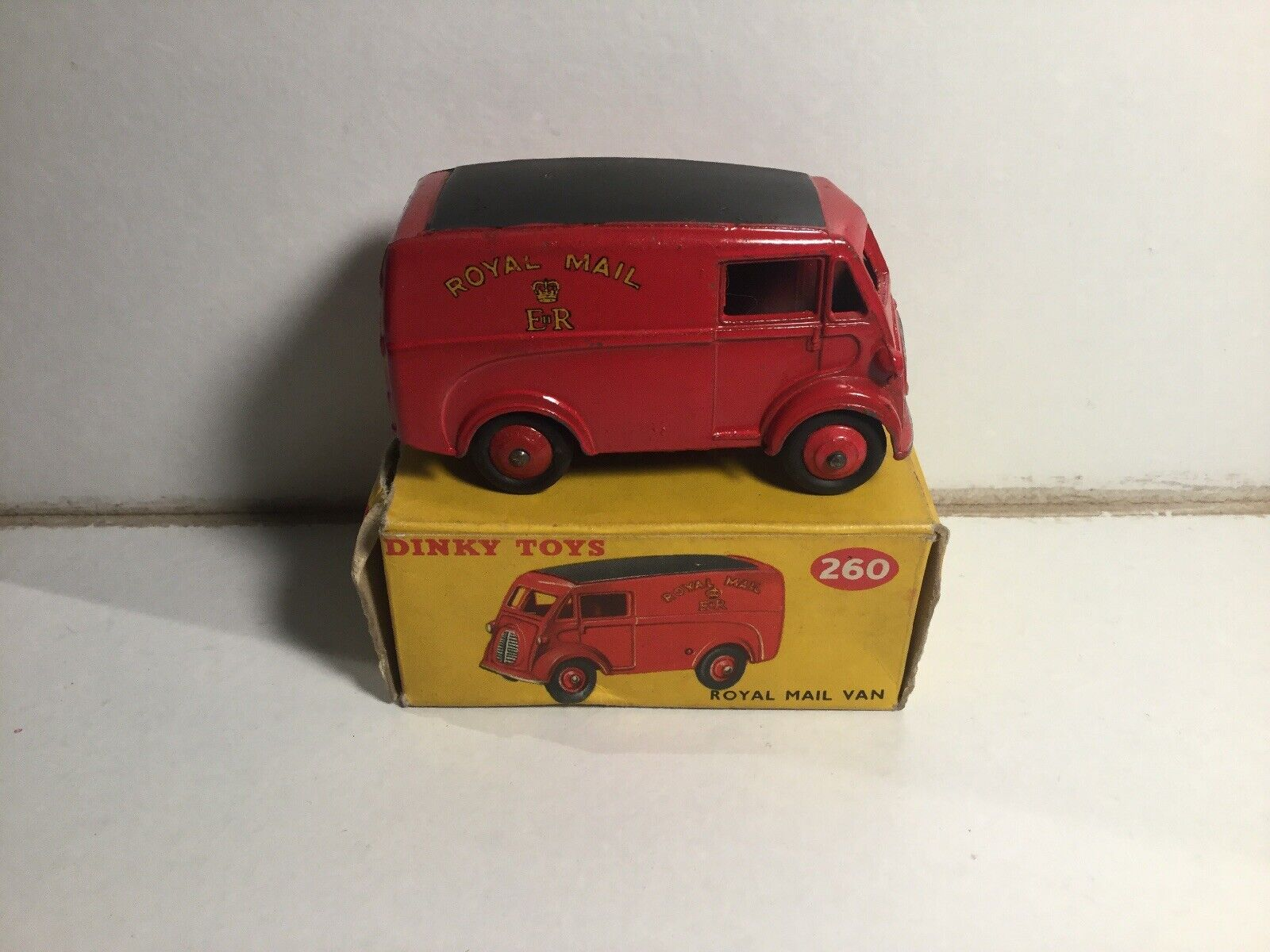 Vintage Dinky Toys No 260 Royal Mail Van Within Its Original Box