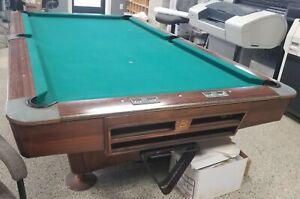 Brunswick-gold-crown-4-039-x-8-039-Pool-Table