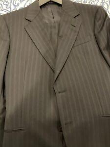 Armani-Collezioni-Modern-Men-039-s-2-piece-Suit-40R-Grey-With-Double-Pinstripe