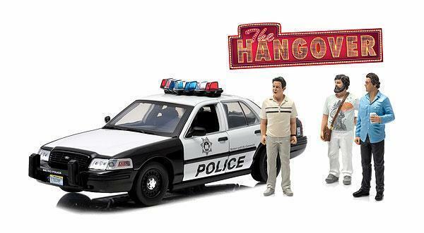 Hangover 2000 Ford Victoria con higos 1 18 Scale Die Cast