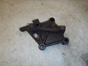 Jeep-Wrangler-YJ-87-95-Factory-Power-Steering-Gear-Box-Frame-Mount-Bracket-OEM