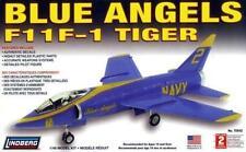Blue Angles F11F-1 Tiger  US Navy dispalay team                    1/48 Lindberg