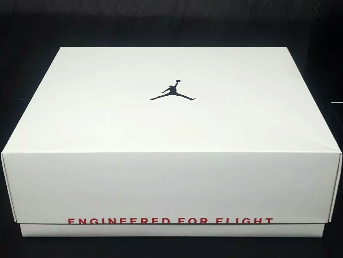 Air Jordan 33 XXXIII  Future of Flight  White AQ8830-100 Size 11 100% Authentic