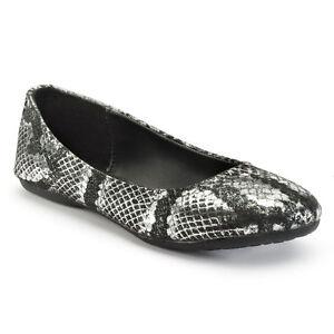 46f59ffe50 Mudd Gir'l Snakeskin Black / Silver Flat Shoes - Size 5Y NWOB | eBay