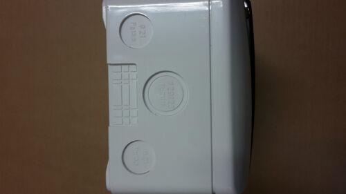 3 pole breaker IP40 enclosure with a 3 pole TP 3 phase mini consumer unit MCB
