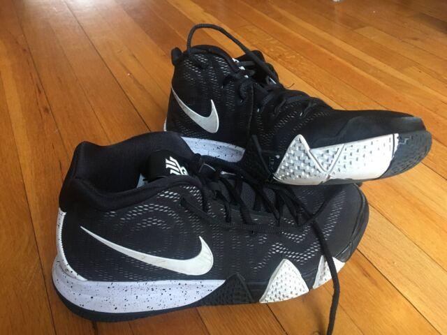 Nike Kyrie 4 Sz 10.5 Men's Black Kyrie