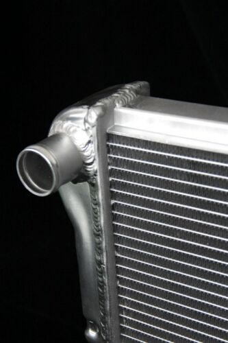 Brand New KKS162 Stamped Tank 3 Rows all aluminum radiator  Fit For CHEVY Truck