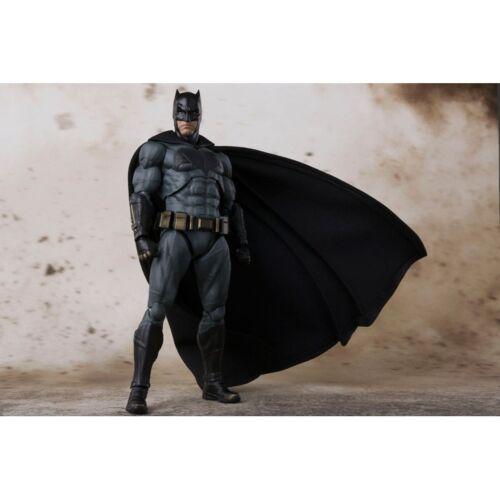 Action- & Spielfiguren BANDAI TAMASHII S.H.Figuarts Justice League Batman Neu