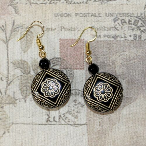 Flapper 1920/'s Earrings Art Deco style Black /& Gold carved focal bead