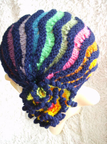 Midnight Rainbow Cloche Ladies//child/'s Hat Easy Knitting Pattern