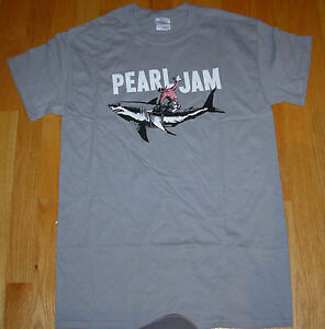 PEARL-JAM-Gray-Shirt-2012-SHARK-COWBOY-TOUR-many-sizes