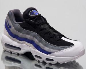 timeless design cd399 c004d Das Bild wird geladen Nike-Air-Max-95-Essential-Sneakers-Weiss-Violett-
