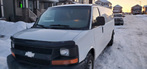 2010 CHEVROLET EXPRESS extended 4.8L