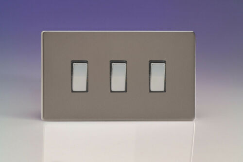 double plaque Varilight 3-Gang 10 A 1 ou 2-Way Rocker Interrupteur De Lumière Pewter XDR93S