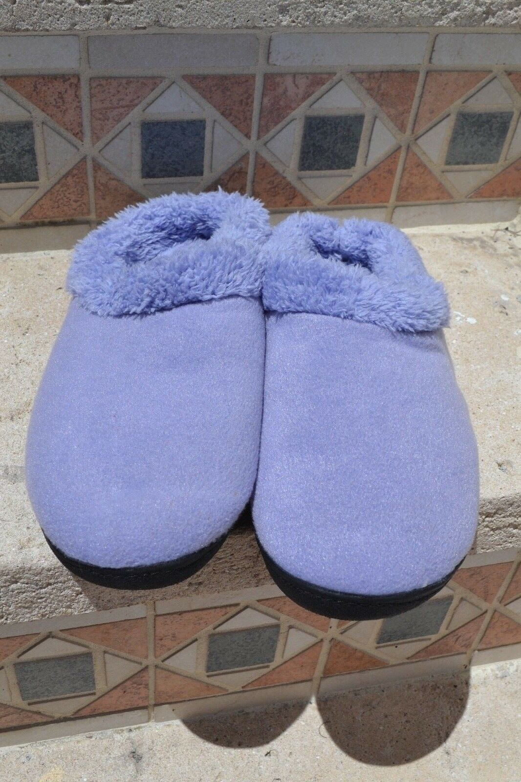 Isotoner Womens Classic Micrederry Hoodback Stone Slippers Lavender Size 9.5-10
