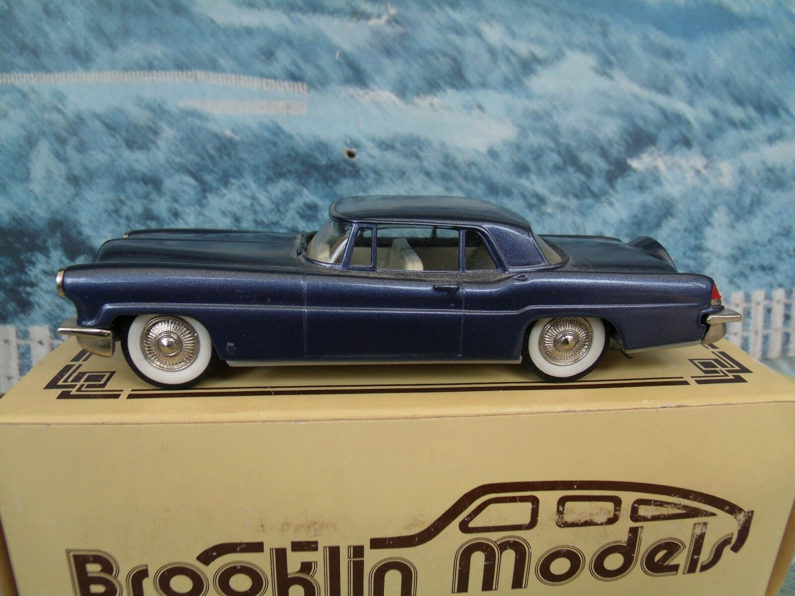 1 43 Brooklin models  BRK11 1956 Lincoln Continental Mk.II  white metal