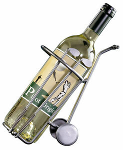 Weinflaschenhalter-als-Golfcaddy-ein-tolles-Golfgeschenk