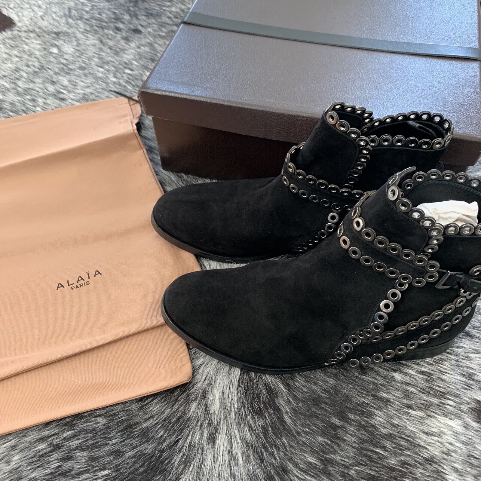 AZZEDINE ALAIA Black Suede Grommet Ankle Boots Si… - image 6