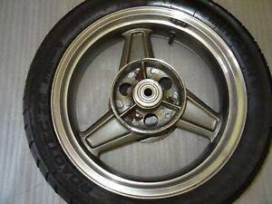 E1-Kawasaki-Zephyr-750-ZR-750-C-Roue-Arriere-Jante-Arriere-17-Pouces-Pneu