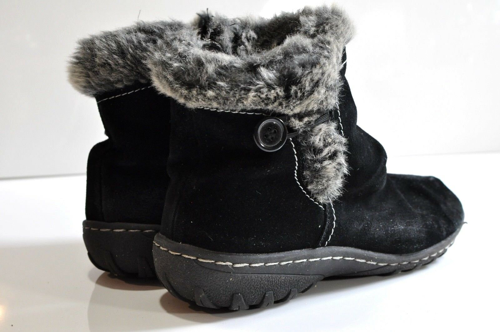 Khombu Womens winter leather ankle boots size 9 M