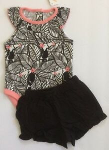 NWT Gymboree JUNGLE JAM Girls Sz 12-18 Months Toucan Bodysuit /& Shorts 2-PC SET