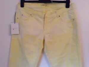 2b150f16 BNWT 100% auth BALMAIN Ladies Yellow Boyfriend Jeans. 30 RRP £450.00 ...