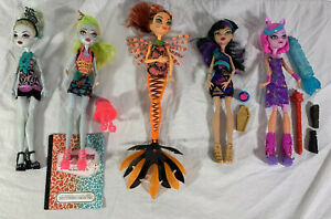 Monster-High-Doll-Lot-of-5-Dolls-w-Accessories-Lagoona-Blue-Fire-Cleo-De-Nile