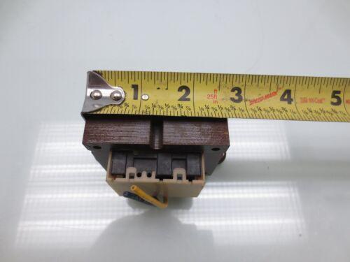 10PCS LP2951CN NSC LDO Regulator Pos 1.25V to 29V5V 0.1A 8-Pin PDIP