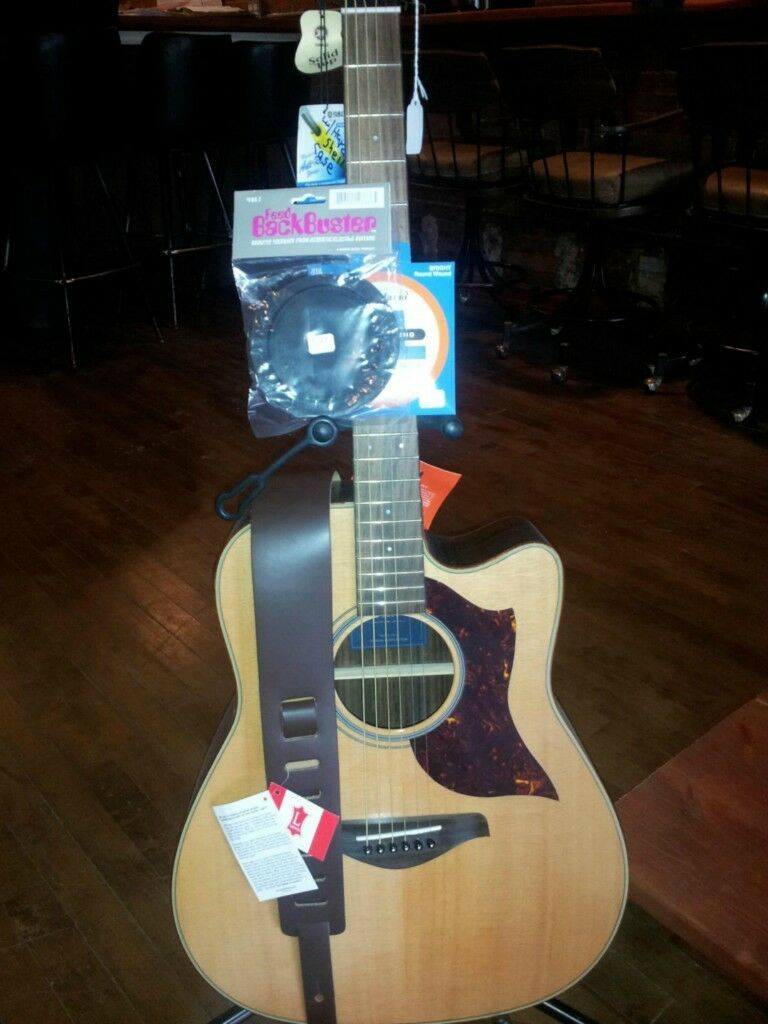A1R Yamaha Acoustic Electric plus a bundle of FREE accessories